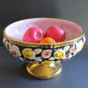 Majolica Footed Bowl with Roses Decoration - Pottery