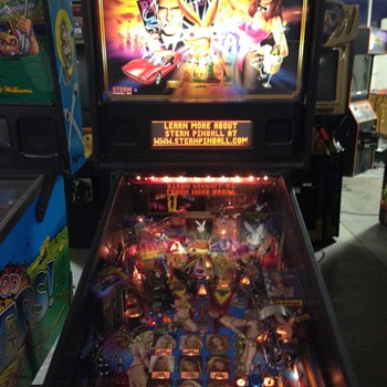 2002 Stern Playboy Pinball  - Coin Operated