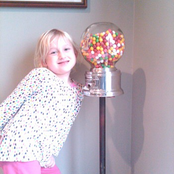 Ford gumball stand - Coin Operated