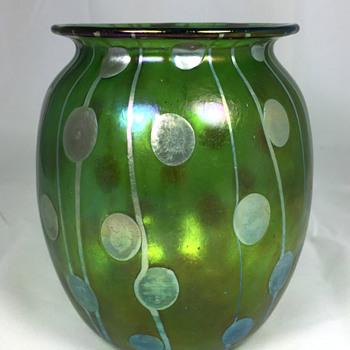 """Loetz """"Streifen und Flecken"""" Vase. 6"""" tall. PN 2/459. Circa 1900 - Art Glass"""