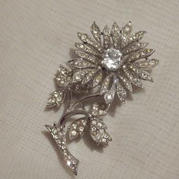 Pure sparkle tremblant rhinestone flower brooch - Costume Jewelry