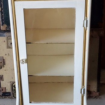 Early 1900's cabinet- no manufacture markings - Furniture