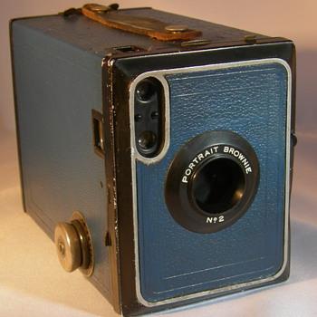 Kodak Brownie no2 portrait - Cameras