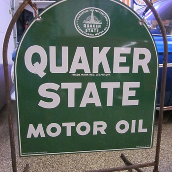 Quaker State Sign With Stand - Petroliana