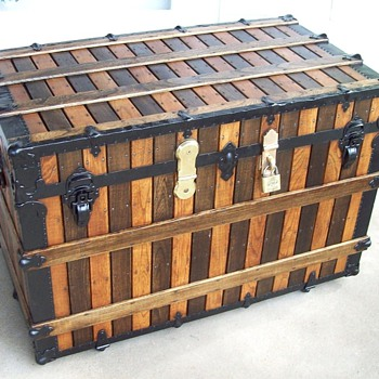 A large alternating Slat Trunk, Martin Maier?