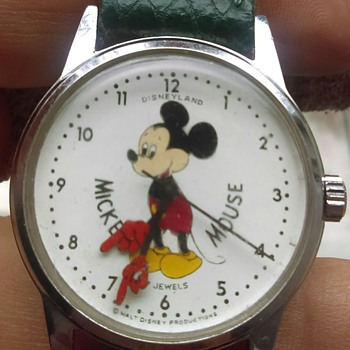 Disneyland. Mickey Mouse Watch - Wristwatches