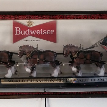6 foot lighted BudWeiser world champion Clydesdale team tavern sign - Signs