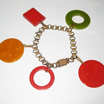 Bakelite poker chips, etc upcycle. - Costume Jewelry