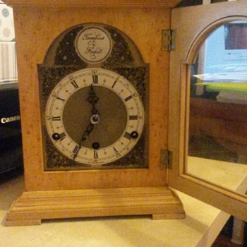 Rapid Ticking Westminster Chime Clock - Clocks