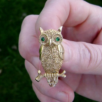 Vintage Trifari Wise Old Owl Brooch - Costume Jewelry