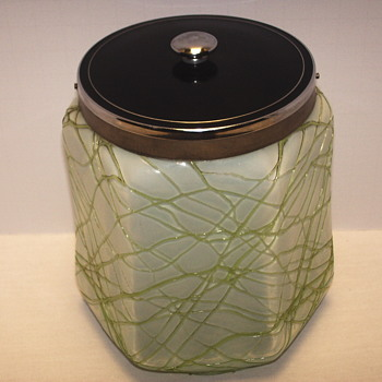 "Bohemian,,Kralik ?? Biscotti Jar""Early XX Century""032115 - Art Glass"