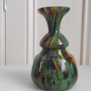 New Ruckl Czech Spatter glass vase, green version to my delight. - Art Glass