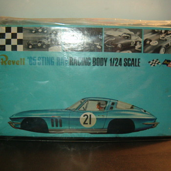 revell 1/24 kit - Model Cars