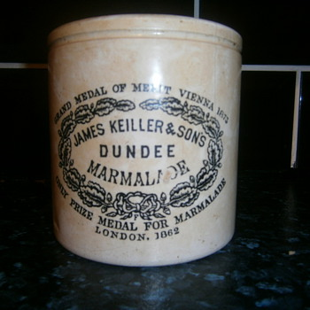 marmalade pot - Pottery