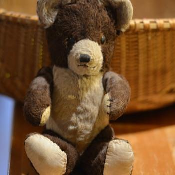 old teady bear