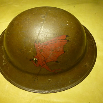 WW 1 US  186th Aerial  Squadron Helmet ,FLYING RED DEVILS,  US KEYSTONE DIVISION M-2 Experimental, 2nd M-2 Unmarked  - Military and Wartime