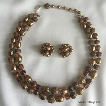 Later 1950s ... a Darker Gold — Necklace, Earrings  - Costume Jewelry