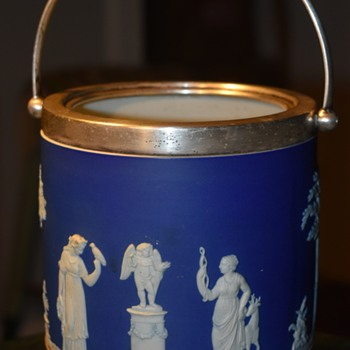 Wedgwood Ice Bucket? - China and Dinnerware