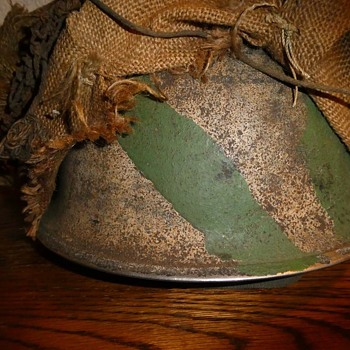 British Falklands steel helmet - Military and Wartime
