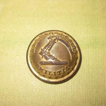 Civil War era Massachusetts Button. - Military and Wartime