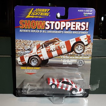 Johnny Lightning Show Stoppers Wild Bill Shrewsberry's LA Dart Wheelstander - Model Cars
