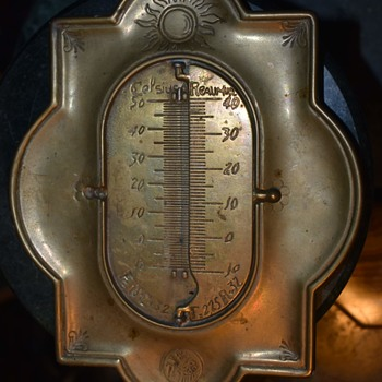 Some kind of Thermometer? - Tools and Hardware