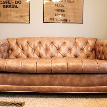 Tomlinson Delecta Cushion Tufted Sofa 1963 - Furniture