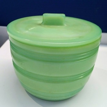 Rare Unknown JADEITE Ribbed and Lidded 4 Inch Jar - Kitchen