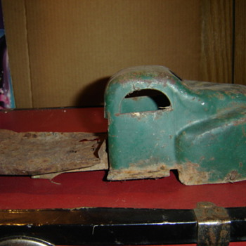 Old toy truck - Model Cars