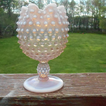 Duncan MillerPink Opalescent Ball Vase - Art Glass