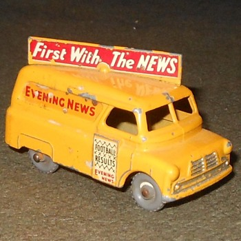 Monotonous Matchbox Monday Bedford Eving News Van - Model Cars