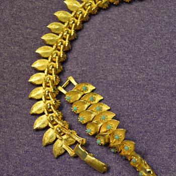 Great-Grandma's Necklace- Double Leaf Row with Gems - Costume Jewelry