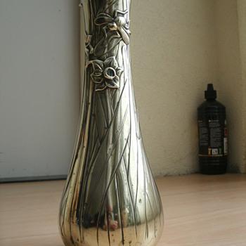 art  nouveau vase - Art Nouveau