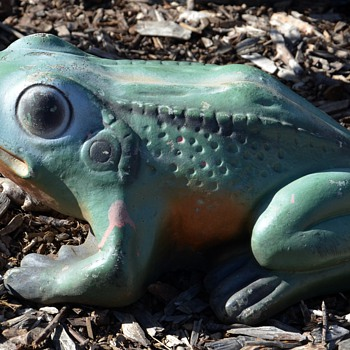 Signed Garden Ornament of a Frog - Al's Garden Art - Animals