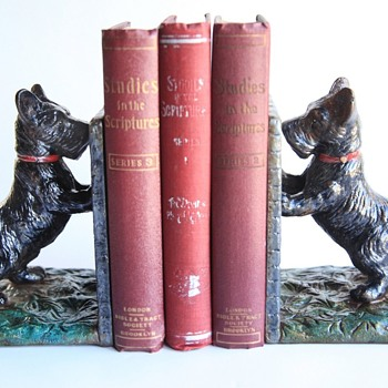 Hubley Scottie Dog Book Ends - Books