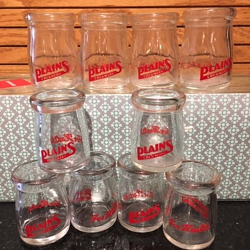Plains Creamery miniature creamers - Bottles