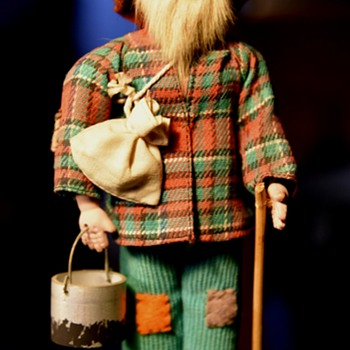 Unsigned Hobo Figure who looks like me! - Figurines