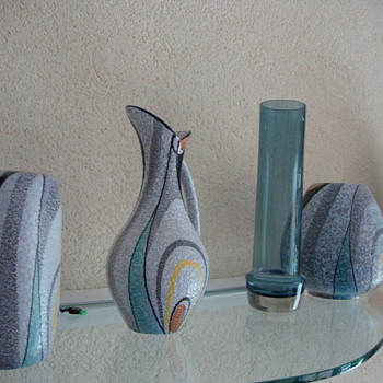 selection of 50s and60s - Pottery