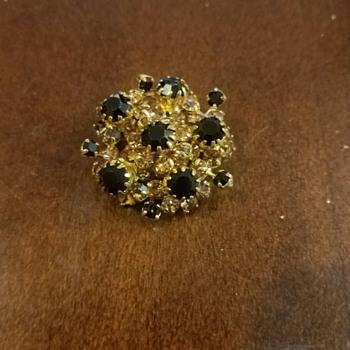 Vintage Black Glass Bead-Rhinestone set in Gold Tone Brooch