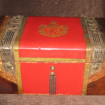 Antique Italian Made Leather Covered Jewelry Box - Fine Jewelry
