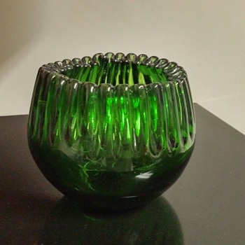 Blenko #538 - unfortunately someone decided to paint. - Art Glass