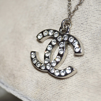 Fake Chanel Pendant?