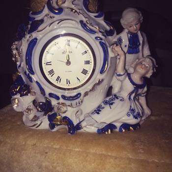 genuine porcelain Japanese alarm clock. - Pottery
