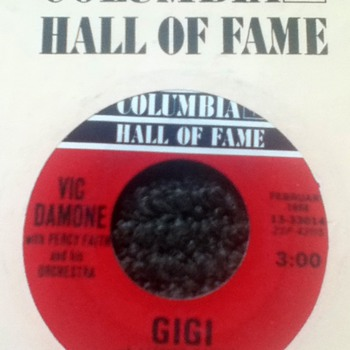 Vic Damone 45 Record - Records