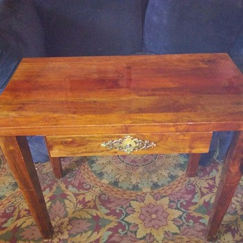 Mission Style Unknown Era Wood Display Table With Drawer - Furniture
