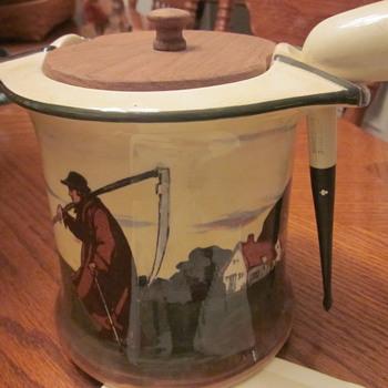 Royal Doulton Tobacco Jar Circa 1910 - Pottery