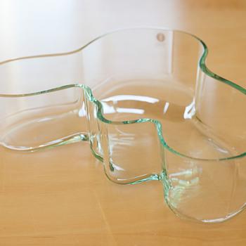 ALVAR AALTO '2000' bowl from Iittala - Art Glass