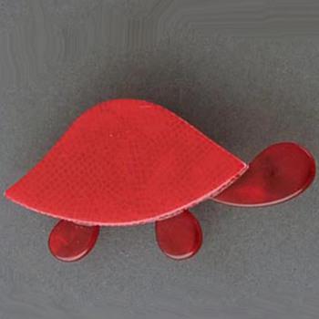 Lea Stein turtle brooch - Costume Jewelry