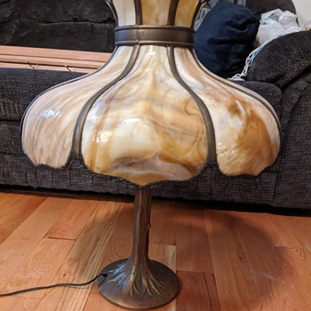 Curved glass and brass (?) lamp - Lamps