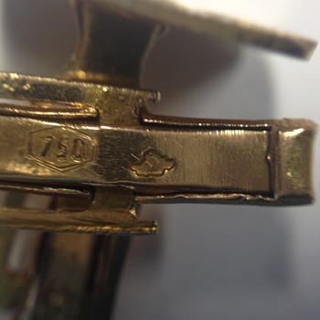Help ID  750 gold hallmark